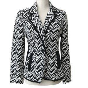 CHICO'S Black & White Chevron Knit Blazer